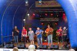SemTam s perfektní muzikou na blugrassové nástroje a nezaměnitelnými ženskými vokály.