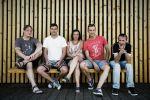 Zleva: Šimon Athaj Řeřucha, Petr Šašinka, Marta Břeňová, Jaroslav Pilný, Martin Pospe Pospíšil