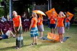 mladí pořadatelé, tzv. oranžády