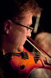 Houslista, skladatel, zpěvák, posluchač jazzu a webmaster Petr Fanta