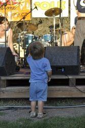 Ti nejmenší toužili být hudebníkům co nejblíže.