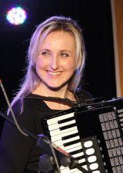 Hanička Müllerová, nováček skupiny Alison