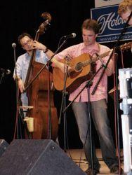 Ondřej Kozák vystoupil na Jambore třikrát, jako zpěvák, kytarista a autor v domovských Křenech a v Petr Brandejs Bandu a jako host na housle ve výtečném Blackjacku