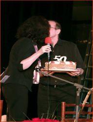 Velká pusa a velký šlehačkový dort od manžela Jardy Mariana...