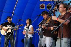 Celý festival zahájila kapela Marien, která se na Bělici vrátila po dvou letech, kdy vystupovala jako host před koncertem Žalmana a spol.