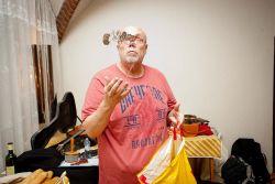 Každý velký umělec je v podstatě kouzelník aneb Michal Němec se připravuje v zákulisí...
