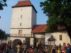 Slezskoostravský hrad, pod nímž se hrálo