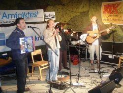 Amfolkfest zpestřila irskými rytmy skupina Jauvajs