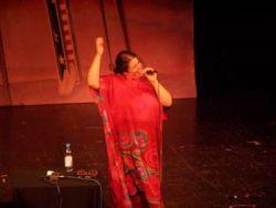 Jedinou českou ''reprezentantkou'' byla Ridina Ahmedová, což je vlastně pro rudolstadtský babylón typické: její otec je Súdánec, matka má kromě českých předků i rusko-židovské. Ridina byla ve všech materiálech Ahmedová, nikdy Ahmedova a už vůbec ne Ahmed, a měla krásný koncert v městském divadle.