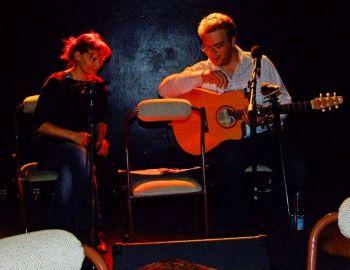 Duo Tamaral při jednom z prvních vystoupení v květnu 2007